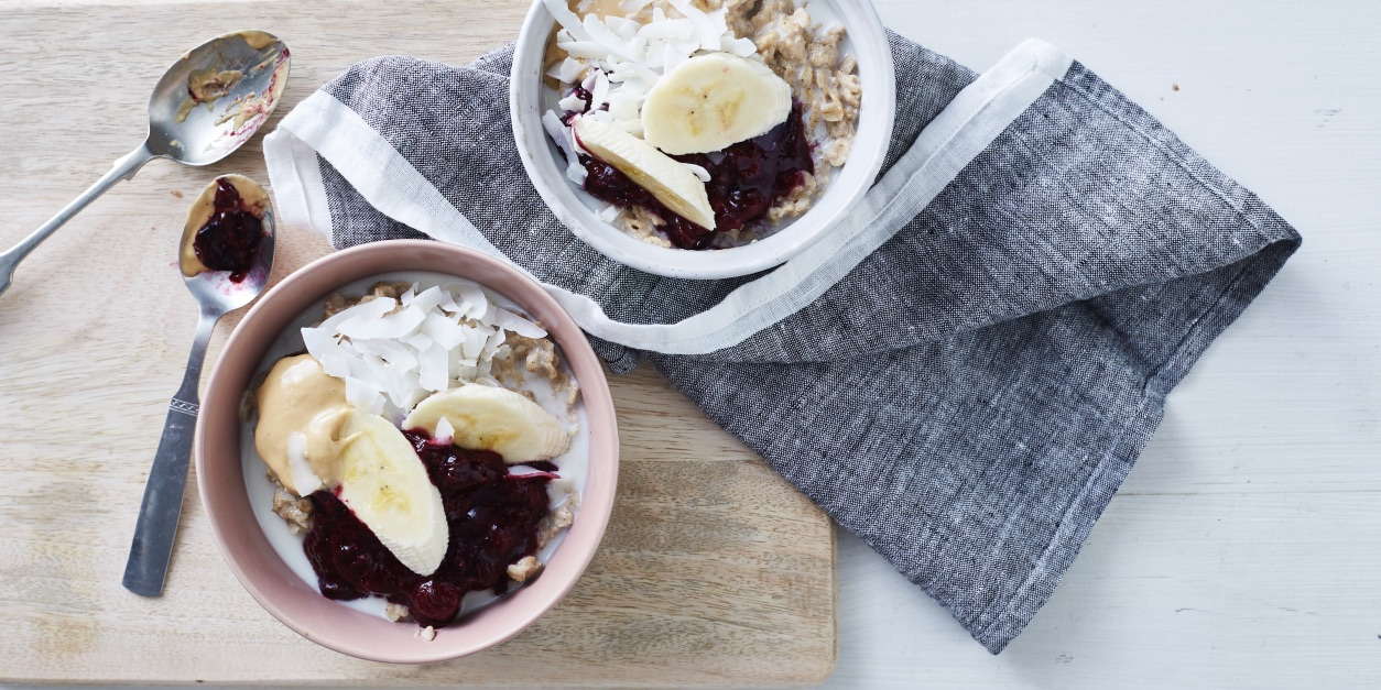 Coconut Banana Porridge with Berry Compote photo