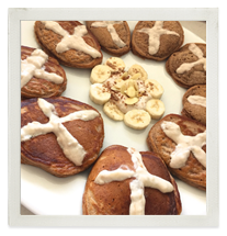Hot Cross Chocolate Almond Protein Pikelets with Banana Topping photo